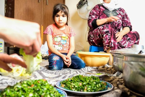 Syrian refugee (6) raised in Lebanon, never seen her home country (Lebanon 2018)