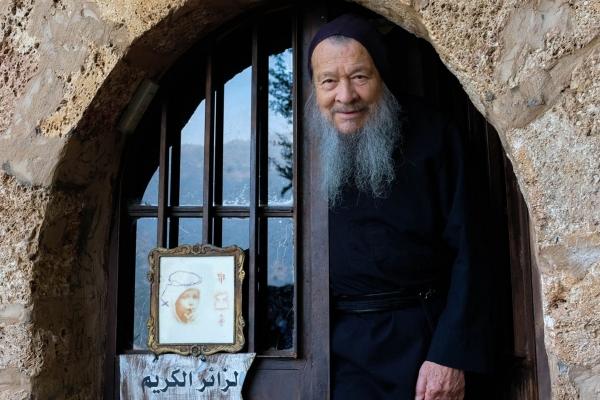 Father Dario (84): Colombian monk living solo in the mountain cave monastery Lady of Hawka  Qadisha Valley,( Lebanon 2018 )