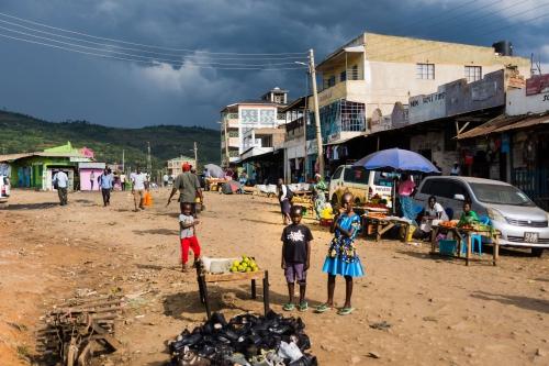Dark Kenyan street life (Kenya, 2017)